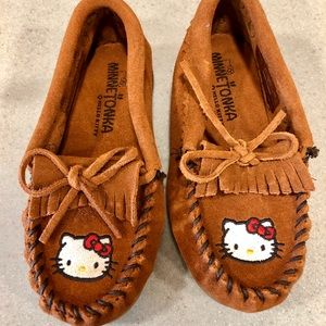Like New: Hello Kitty Leather Moccasins